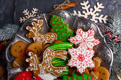 decorated gingerbread cookies 123rf